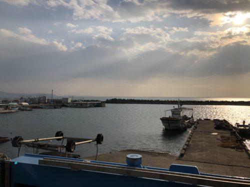 魚住漁港の景色